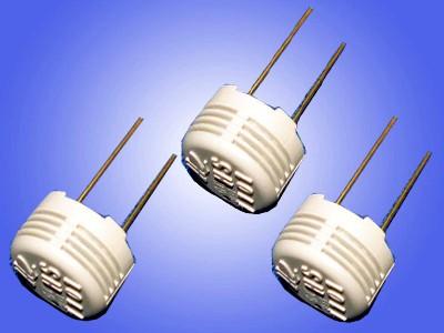 利用湿敏电容测量湿度的电路图