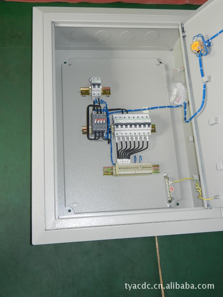直流电源自动切换箱