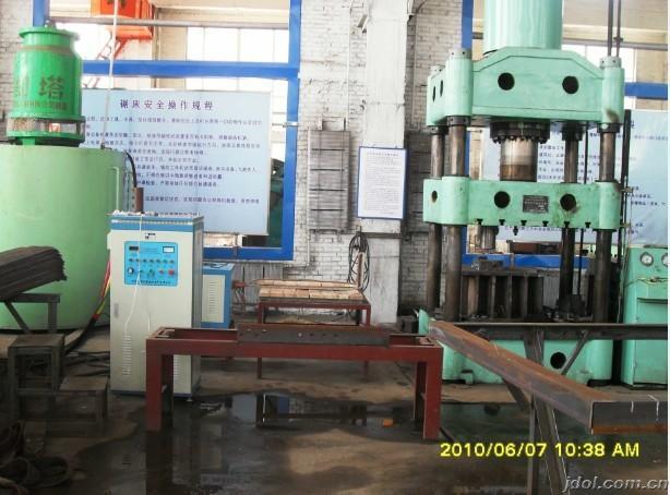 电力铁塔厚钢板折弯火曲加热电炉