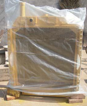 宣工SD7推土机水箱