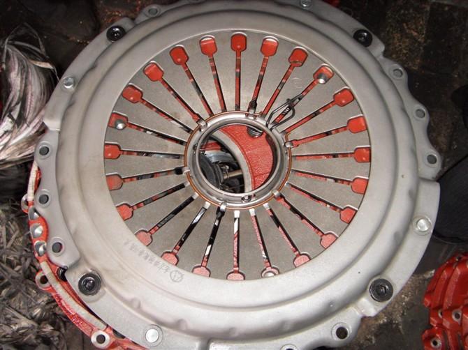 哪里的汽车离合器压盘最标准图片