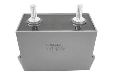 额定电压: 500 - 3000 Vac 径向方外壳