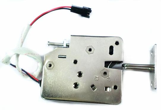 电控锁, 适用于智能储物柜,电子寄存柜,自助快递柜等所有密集型智能箱柜。智能快递柜电控锁(电磁锁) 智能柜电磁锁(电控锁)特点: 1.电控锁规格尺寸:按照客户需求定制 2.工作方式:采用关门(断电)上锁、通电(12v)瞬间触发开锁的工作模式。 3.紧急开锁:锁体各种方位均设有开锁方式,紧急情况不需损坏箱柜,也可开锁。如安装机械钥匙,也可配合钥匙外部开锁,操作更简单方便。 节能:开锁瞬间通电小地1秒,平时关门上锁为断电状态不耗电,电压:12V(可根据用户实际需求:5V-24V各种电压型号) 电气参数:12