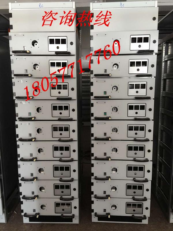 方便成套厂家安装元器件及接线,1/2抽屉能满足125a电流的侧,后出线